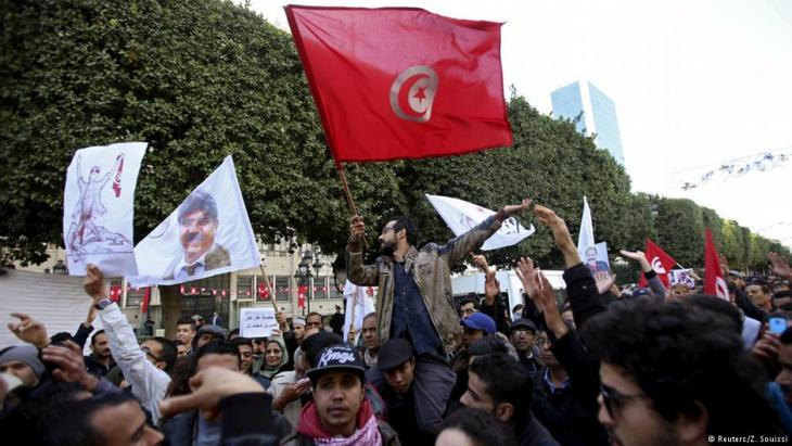 Demonstration of young Tunisians in Tunis, January 2016 (photo: Z. Soussi)