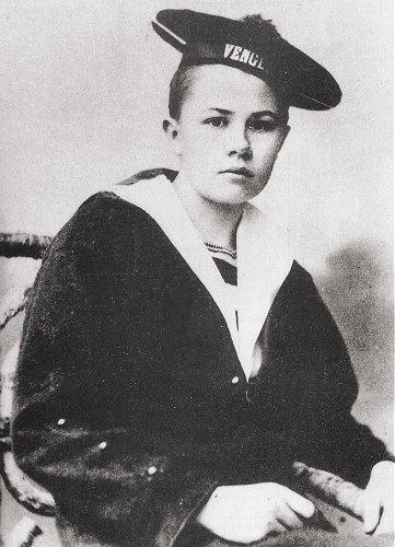 Isabelle Eberhardt (source: Wikipedia)