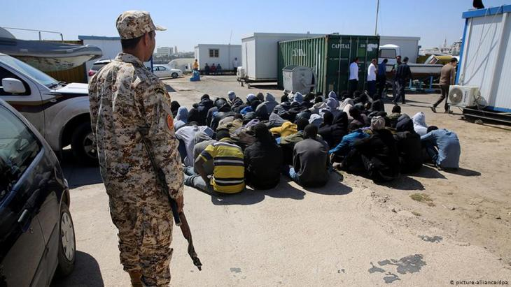 Refugees in Libya (picture-alliance/dpa)
