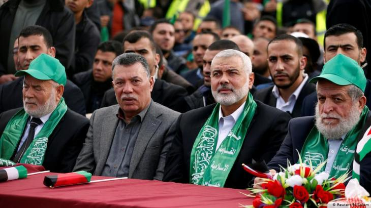 Hamas leader Ismael Haniya together with other high-ranking Hamas representatives in Gaza City on 14 December 2017 (photo: Reuters/Mohammed Salem)