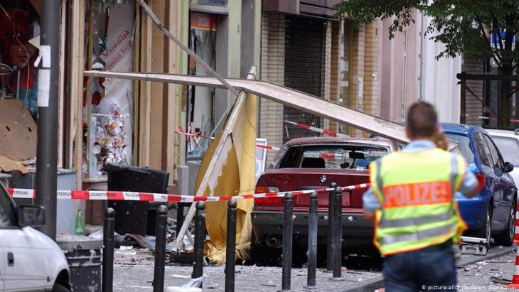 NSU attack on 9 June 2004 on Cologne's Keupstrasse (photo dpa/picture-alliance)