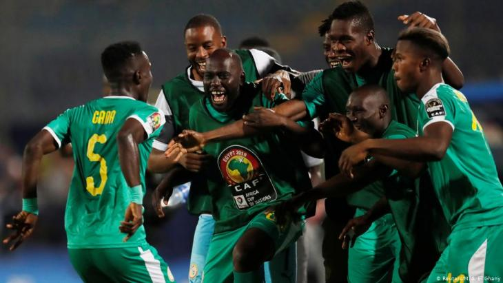 Senegalese national players celebrate at the 2019 Africa Cup of Nations (photo: Reuters/M.A. El Ghany)