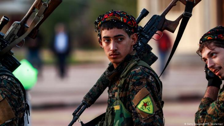 Kurdish YPG soldier (photo: Getty Images/AFP/D. Souleiman)