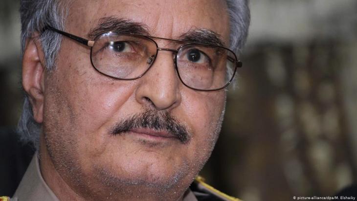 General Khalifa Haftar (photo: picture-alliance/dpa)