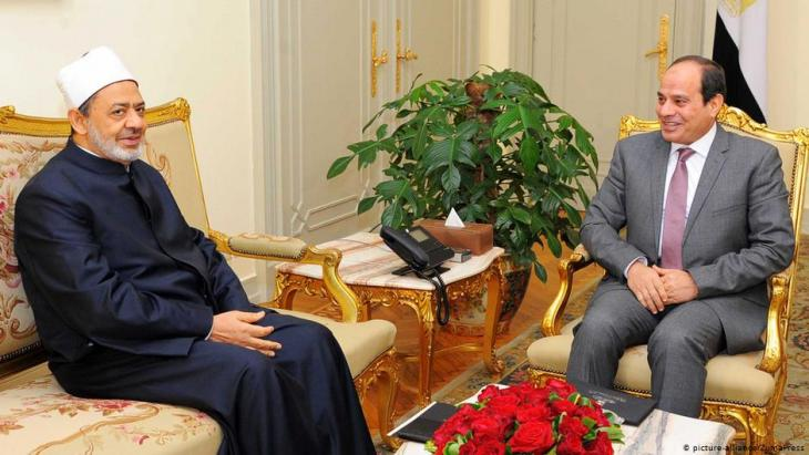 Al Azhar's Sheikh Ahmed el-Tayeb and Egyptian President Abdul Fattah al-Sisi (photo: picture-alliance/ZumaPress)