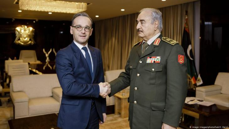 Foreign Minister Heiko Maas at General Haftar's headquarters in Benghazi, 15 January 2020 (photo: Imago Images/photothek/K. Heinl)