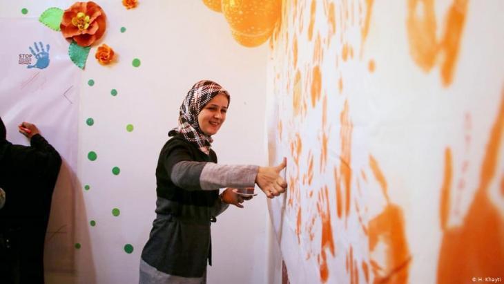 Huda Khayti at work in the Women Support and Empowerment Center Idlib (photo: Huda Khayti)