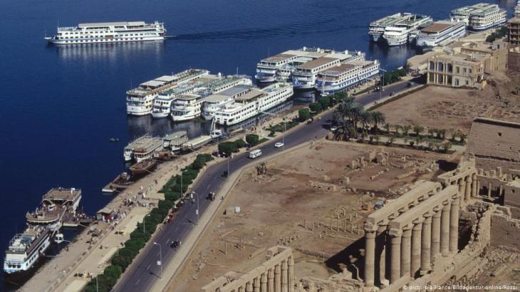 Cruise ships on the Nile in Luxor, Egypt (photo: picture-alliance)