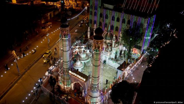 Mosque in Karachi, Pakistan (photo: dpa/picture-alliance/S. Akber)