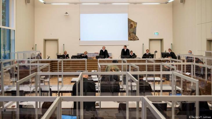 The trial against two former Syrian secret police functionaries began in Koblenz in April (photo: Reuters/T. Lohnes)