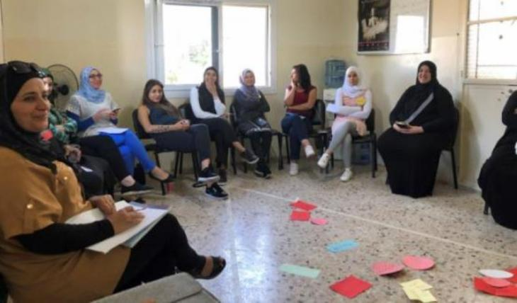 "Non-violent communication workshop at the women's cooperation ""Nisaa Kaderat"" – lit. capable women (photo: Miriam Modalal)"