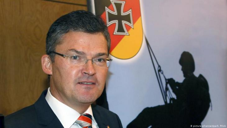Roderich Kiesewetter (photo: picture-alliance/dpa/S. Pilick)