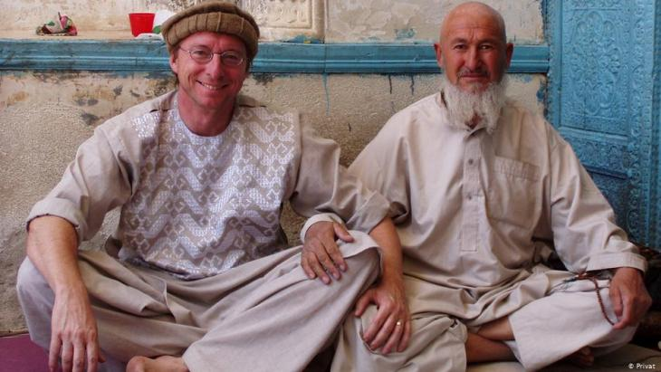 Thomas Ruttig (left) visiting a mosque in Ghasni, 150 km southwest of Kabul (photo: private)
