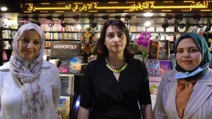 "Amal Ibrahim al-Nussairi, Azhar Ali Hussei and Rola Buraq from the ""Inana"" project (photo: Birgit Svensson)"