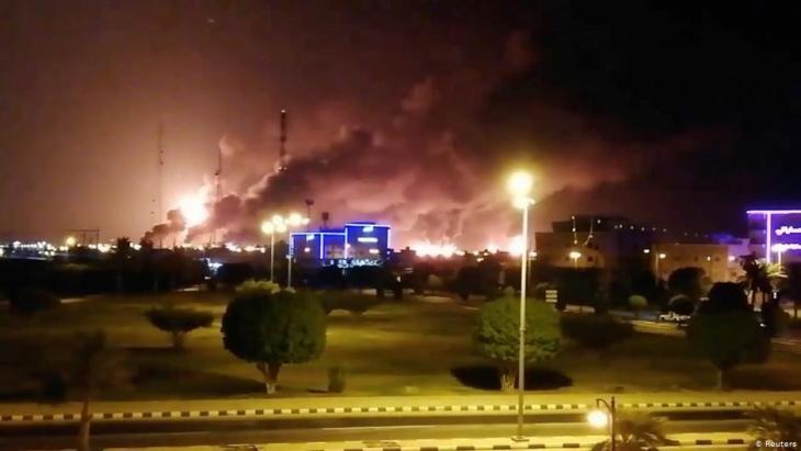 Fire at the Aramco oil facility in Abqaiq, Saudi Arabia, September 2019 (photo: Reuters)