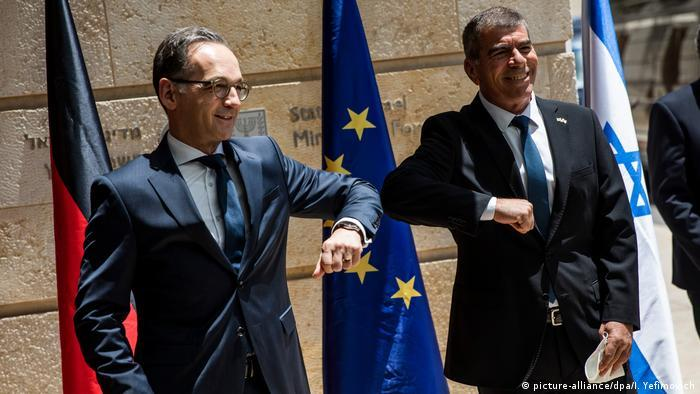 German Foreign Minister Heiko Maas meets his Israeli counterpart Gabi Ashkenazi in a show of solidarity during the latest escalation between Israel and Hamas (photo: picture-alliance/dpa)