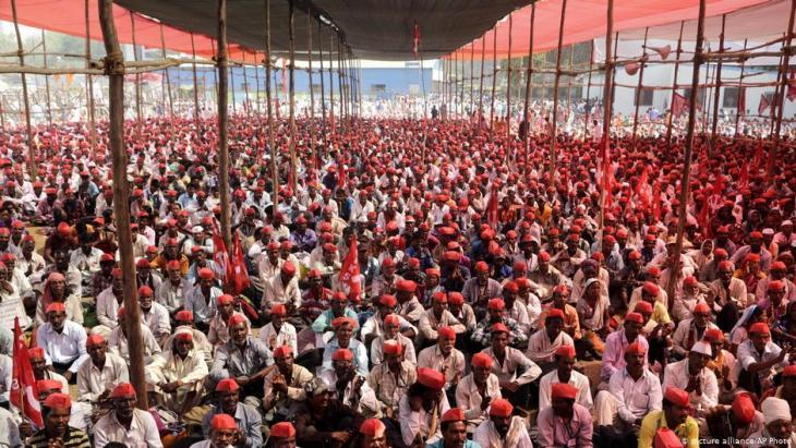 Farmers protest Mumbai, India (photo: picture-alliance/AP Photo)