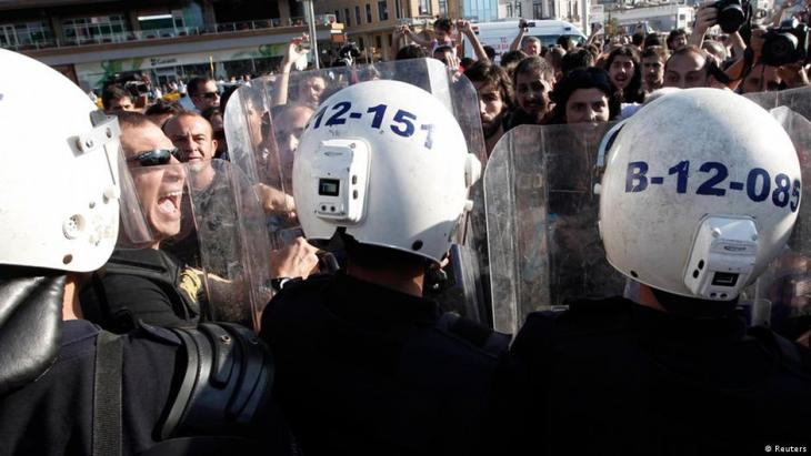 Police crack down on demonstrators during the Gezi protests (photo: Reuters)