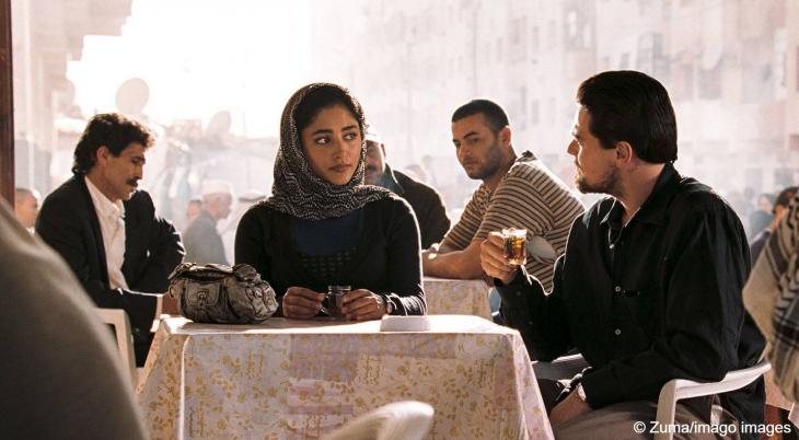 """In the film """"Body of Lies"""" by Ridley Scott, Leonardo di Caprio, here with Golshifteh Farahani, becomes entangled in a maze of secret services, militias, assassins and courtiers (photo: Imago)"""