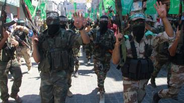 Members of Hamas parade in the Gaza Strip (photo: jerusalem.net)