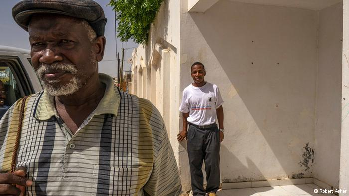 Messaoud Boubacar (left) of the anti-slavery NGO SOS Esclaves and Matallah, a former slave (photo: Robert Asher)