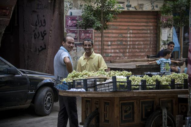 Men selling fruit on the street in the Shatila refugee camp (photo: Mohammad Reza Hassani)