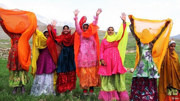 Women celebrating Nowruz (photo: © Ima)