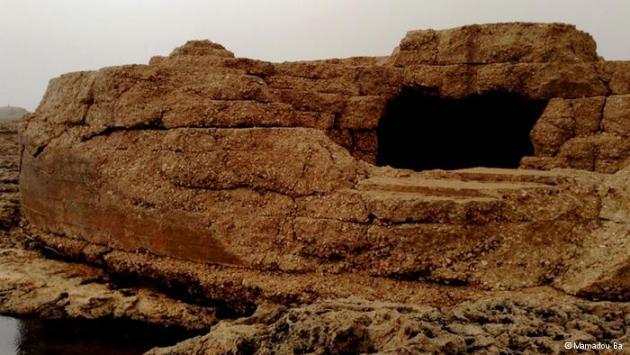 Bunker on Lampedusa dating from World War II (photo: Mamadou Ba)