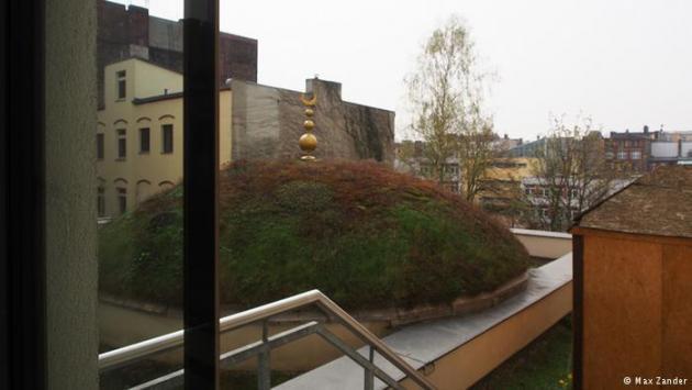 Green dome (photo: Max Zander)