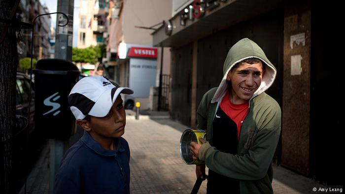 Syrian refugee children on a Beirut street (photo: Amy Leang)