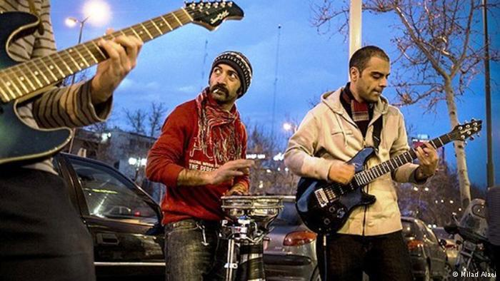 Street musicians (photo: Milad Alaei)