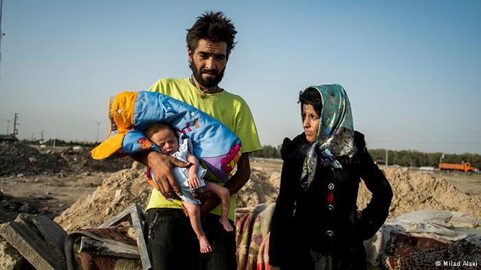 Couple with baby (photo: Milad Alaei)