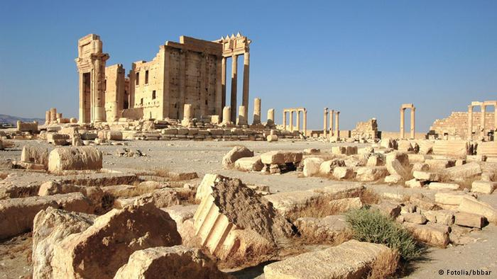 The ruins of Palmyra in the Syrian desert (photo: Fotolia/bbbar)