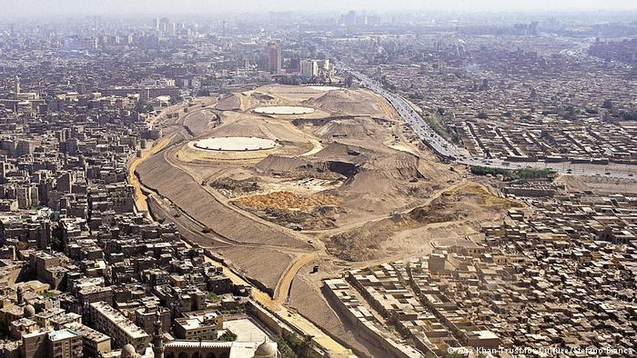 Egypt's Al-Azhar park in Cairo in 2000 (photo: Aga Khan Trust for Culture/Stefano Bianca)