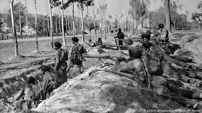 Indian Sikh troops in Kashmir (photo: picture-alliance/dpa/AP Photo/M. Desfor)