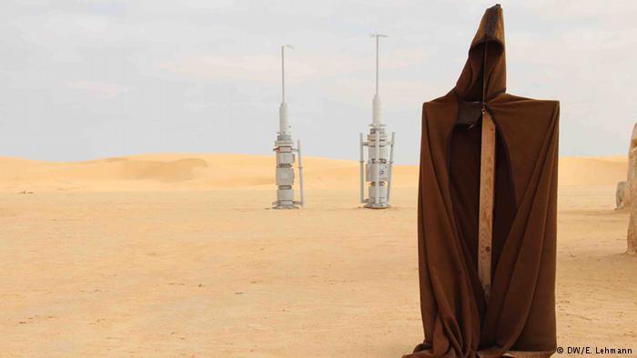 Film set props - vaporators - in the desert (photo: E. Lehmann)