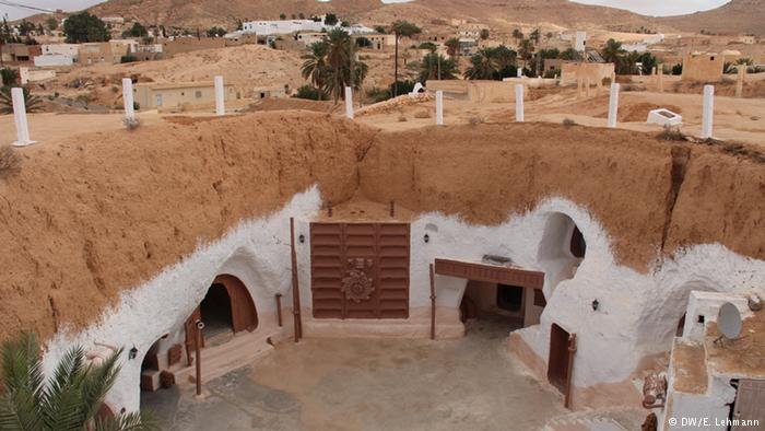 Sidi Driss, the white underground hotel in Tunisia (photo: E. Lehmann)