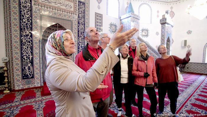 Mosque Open Day in Hurth