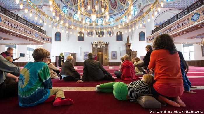 Mosque Open Day in Duisburg