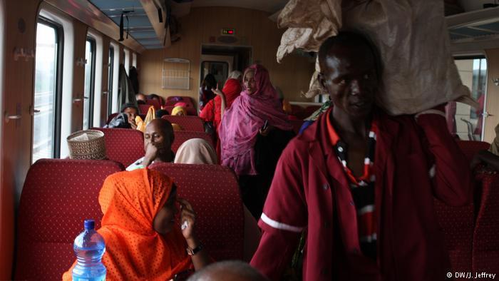 Scene inside the Ethiopian Djibouti Railway Train (photo: DW/J. Jeffrey)