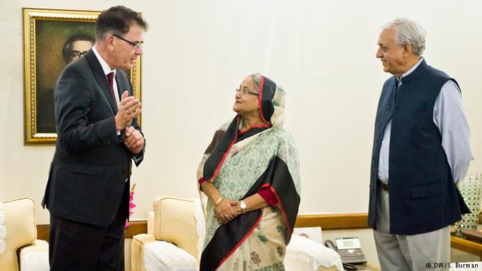 Gerd Muller from German aid for the Bangladesh textile industry