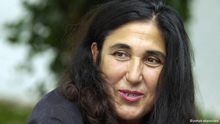Author Emine Sevgi Ozdamar