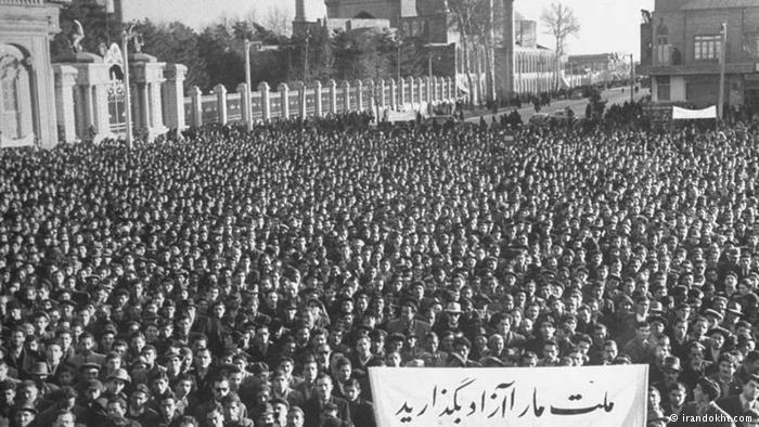 Millions of Iranians demonstrate against Mossadegh on 19 August 1953