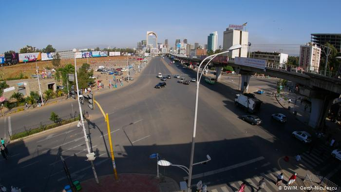 A view of Meskel Square almost empty of cars (photo: DW/Maria Gerth-Niculescu)