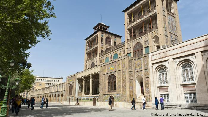 The Golestan Palace in Tehran (photo: picture-alliance/imagebroker/S. Auth)
