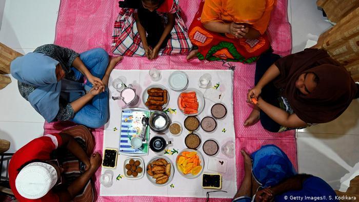 Ramadan in Sri Lanka (photo: Getty Images/I. S. Kodikara)
