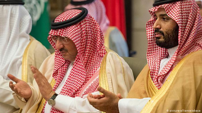 Mohammed bin Najef and Mohammed bin Salman (photo: picture-alliance/abaca)
