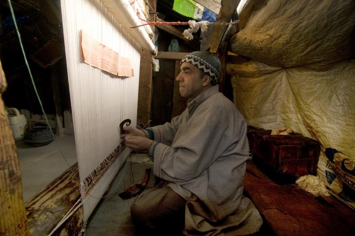 A weaver at work (photo: Sugato Mukherjee)