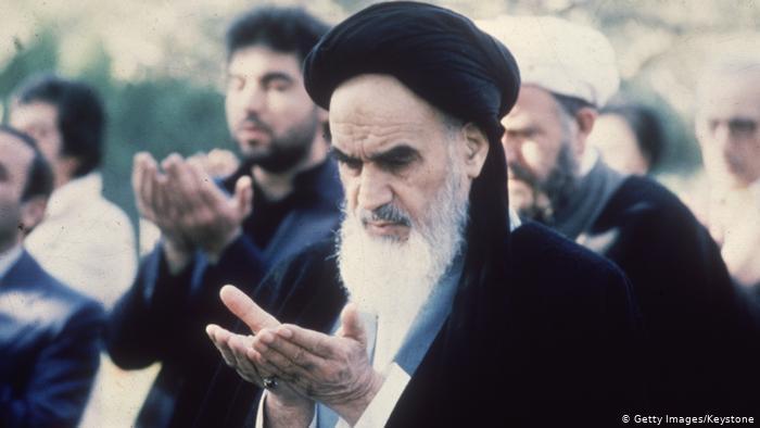 Ayatollah Ruhollah Khomeini (photo: Getty Images/Keystone)