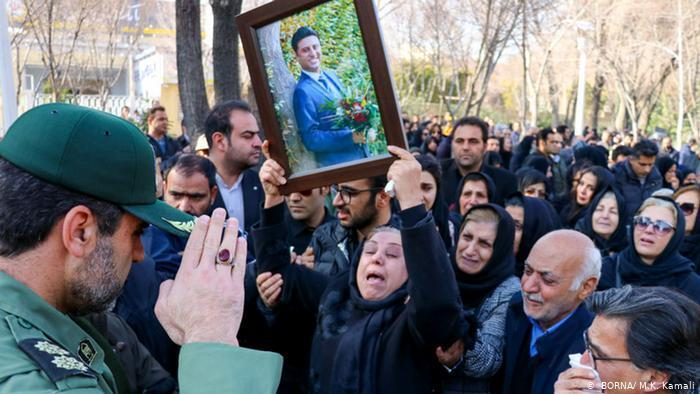 Anger at the Revolutionary Guards (photo: BORNA/M. K. Kamali)